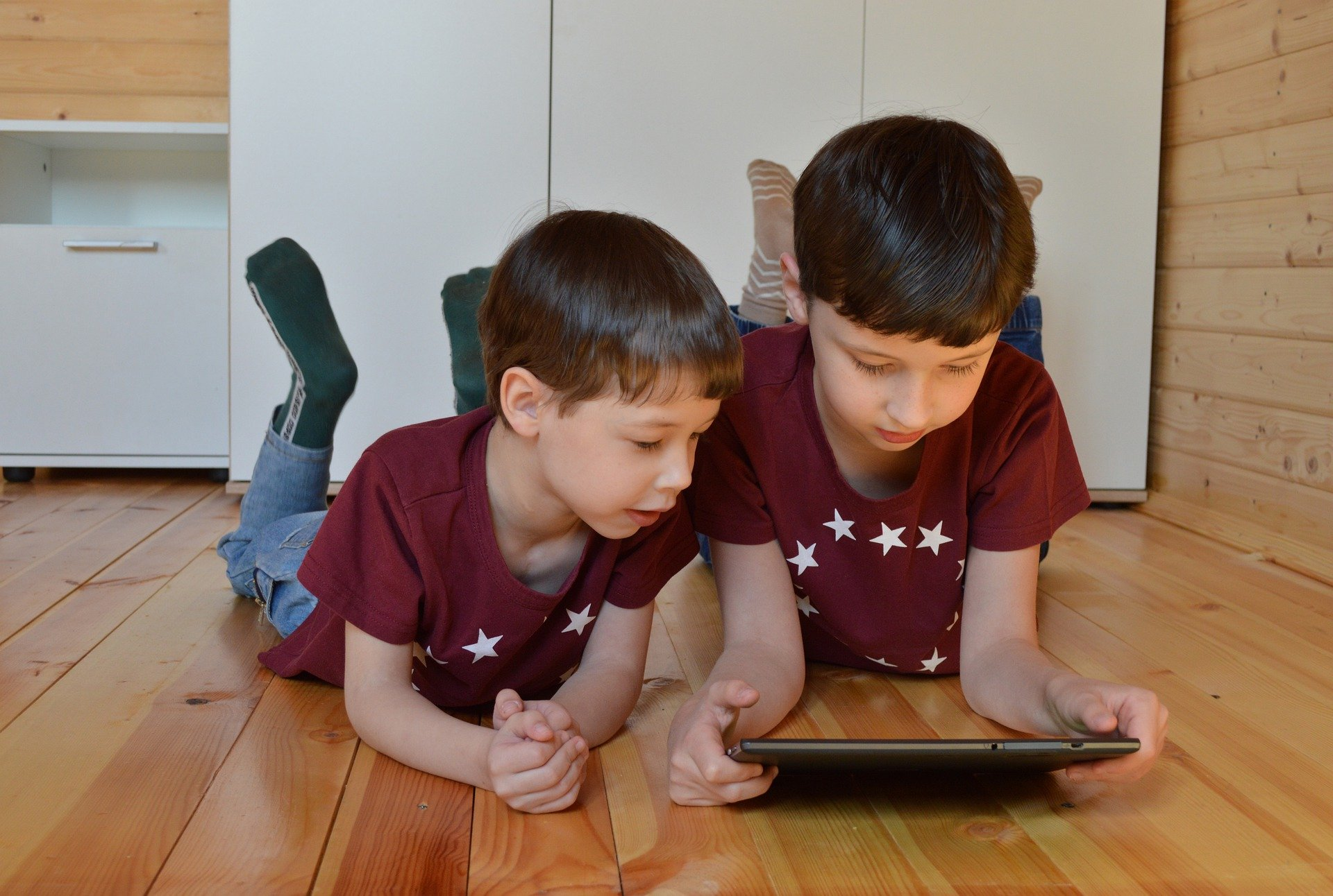 internett leverandører med barn som spiller